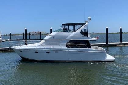 photo of 46' Carver 46 Voyager 2003