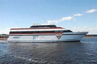 photo of 155' Washburn & Doughty Casino Cruise Ship 1998
