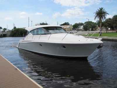 photo of 39' Tiara Yachts 39 Coupe 2017