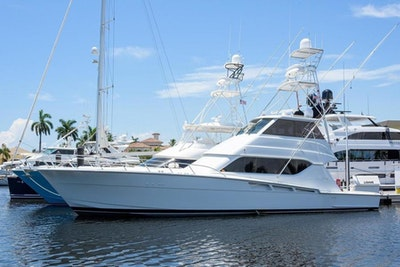 photo of 60' Hatteras 2001