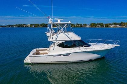 photo of 39' Tiara Yachts Convertible 2013