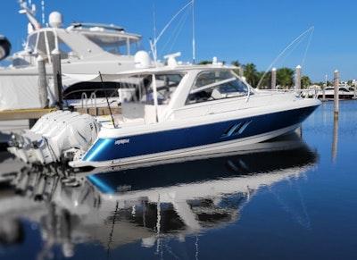 photo of 47' Intrepid 475 Sport Yacht 2019