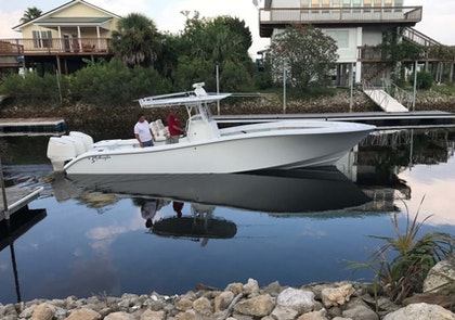 photo of 34' Yellowfin Center Console 2005