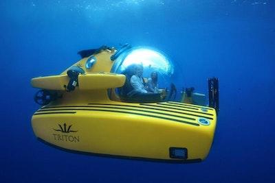 photo of 10' Triton 1650/3LP Submarine 2018
