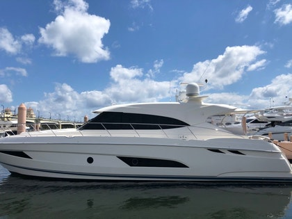photo of 54' Riviera 5400 Sport Yacht 2017