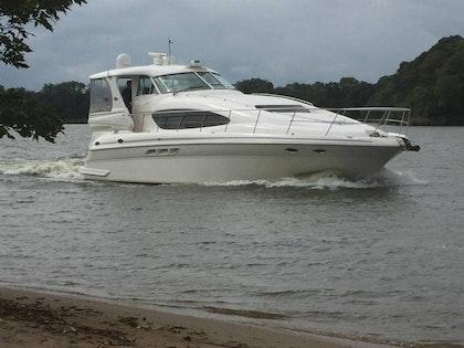photo of 50' Sea Ray 480 2002