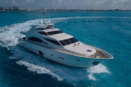 photo of 88' Ferretti Yachts 881 2008