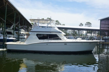 photo of 52' Hatteras 52 Convertible 1990