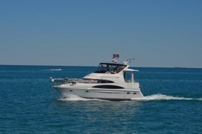 photo of 40' Carver 396 2002