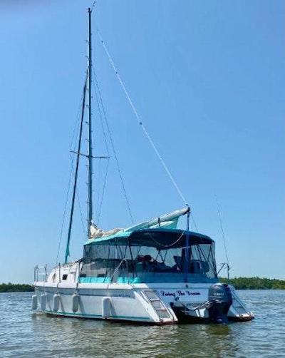 photo of 30' Endeavour Catamaran 1992
