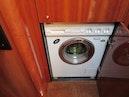 Sunseeker-Manhattan 64 2003-Dealership Fort Lauderdale-Florida-United States-Washer/Dryer-375984 | Thumbnail