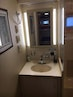 Hatteras-52 Cockpit Motor Yacht 1991-Wazup II Ft. Lauderdale-Florida-United States-Guest Stateroom Vanity-926812 | Thumbnail
