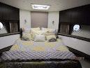 Carver-34C 2013-Final Impulse Lake Union-Washington-United States-Master Stateroom-386919 | Thumbnail