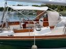 Hinckley-Bermuda 40 MK III Sloop 1979-Evensong Camden-Maine-United States-Starboard Cockpit View-1200178 | Thumbnail
