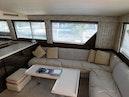 Hatteras-Sportfish 1990-Spindrift North Palm Beach-Florida-United States Salon Couch-1420018 | Thumbnail