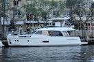 Greenline-48 Hybrid 2020 -Florida-United States-1375901   Thumbnail
