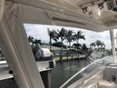 Everglades-350 LX 2010-Off The Charts Hobe Sound-Florida-United States-Clear Enclosure-1393621 | Thumbnail