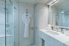 Oceanfast 1989-SHES A 10 Fort Lauderdale-Florida-United States-Guest Bath-1493696 | Thumbnail