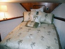 Viking-44 Double Cabin 1990-Never Mind Cape Coral-Florida-United States-Guest Berth Bed-1518221 | Thumbnail