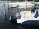Robalo-R305 Walkaround 2011-Robalo R305 Boca Raton-Florida-United States-1551641 | Thumbnail