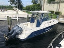 Robalo-R305 Walkaround 2011-Robalo R305 Boca Raton-Florida-United States-1551636 | Thumbnail
