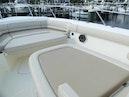 Boston Whaler-Outrage 33 2020-Whaler 33 Jupiter-Florida-United States-Bow Area-1602299   Thumbnail