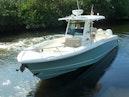 Boston Whaler-Outrage 33 2020-Whaler 33 Jupiter-Florida-United States-Bow Quarter-1602341   Thumbnail