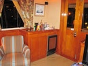 Hatteras-CPMY 1977-SENTRY Chesapeake-Virginia-United States-Ice Maker and Wet Bar in Saloon-452970 | Thumbnail